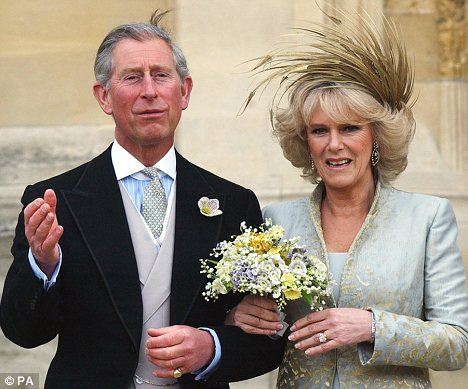 prince charles wears a wedding ring under a signet ring on the little