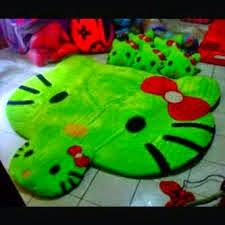 gambar karpet berkarakter hello kitty