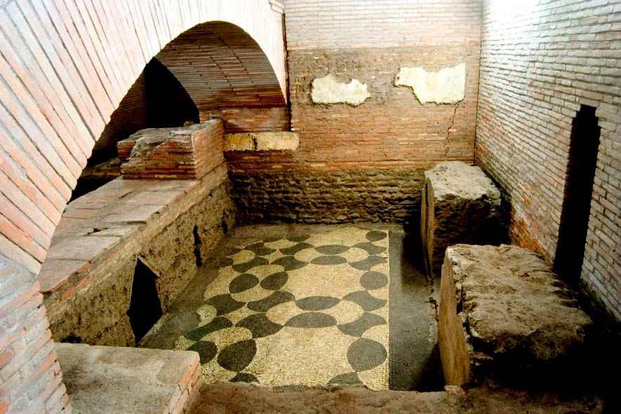 Roman floor under San Lorenzo in Lucina in Rome, Italy. Copyright - http://www.i2arte.com/sotterranei-di-san-loranzo-in-lucina/