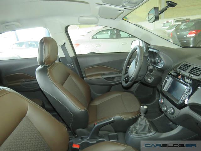 Chevrolet Cobalt LTZ 2016 - interior