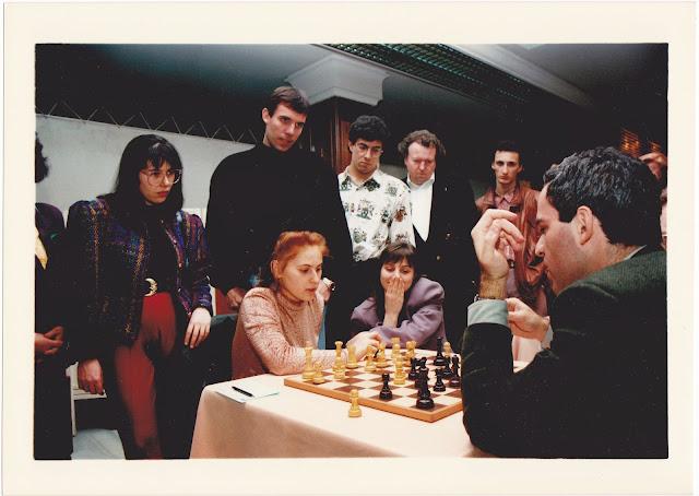 http://1.bp.blogspot.com/-lOQLJbkOZtw/Uo0H4KPyoqI/AAAAAAAAJGE/rTzEw6GYKLc/s640/Judit-Kasparov_NEW.jpg