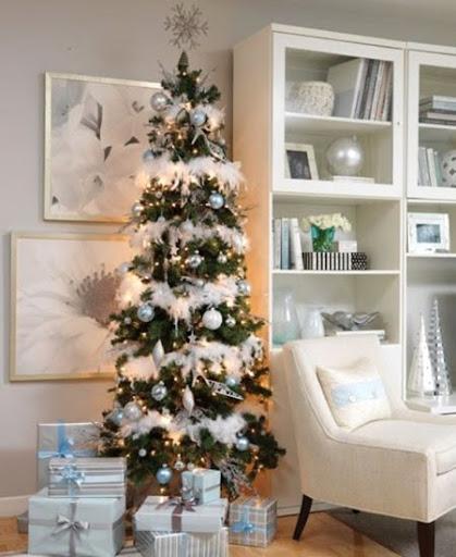 Украса на елха в синьо и бяло