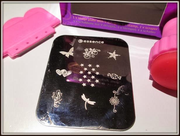 angelina s nails more neues stampingstarter set von essence. Black Bedroom Furniture Sets. Home Design Ideas