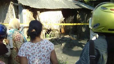 Semburan gas dan lumpur di Desa Sukaperna, Kecamatan Tukdana, Indramayu