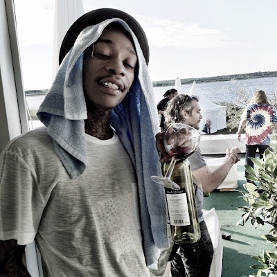 Wiz Khalifa - Different Cloth