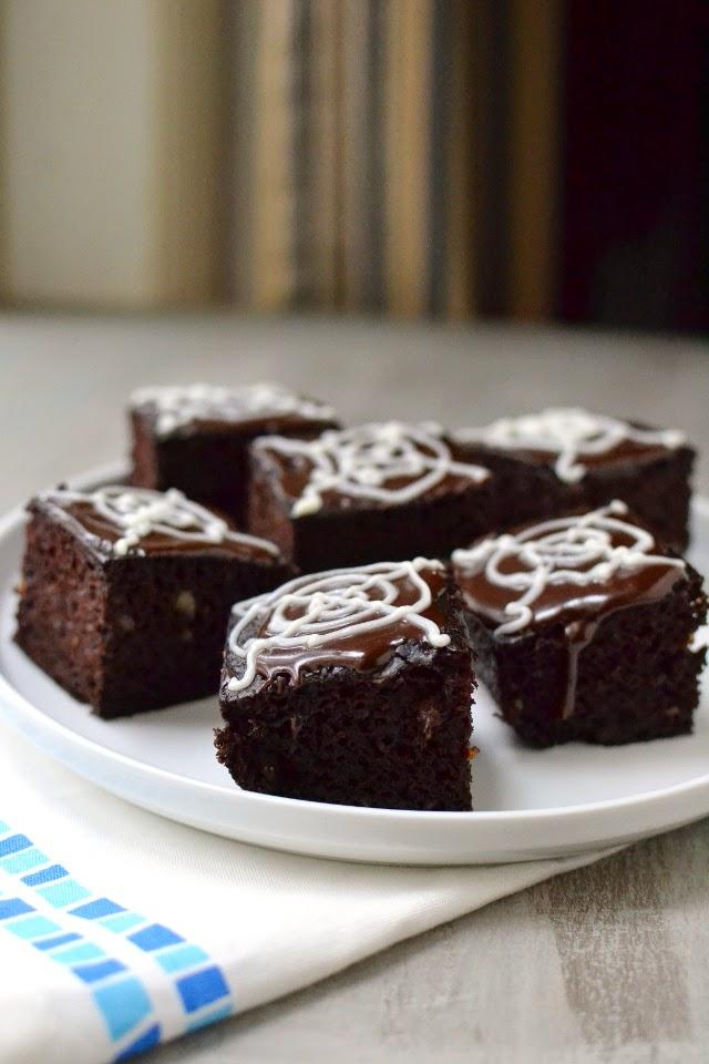 Brownie with Ice Cream (Eggless recipe)