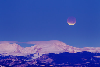 Lunar eclipse above the Rockies