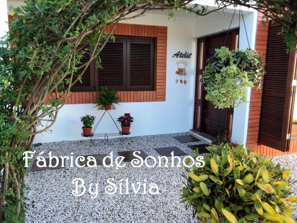 Fábrica de Sonhos by Sílvia