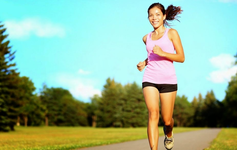 girl running, diabetic plan, diabetic diet, girl running in the park, physical activity,