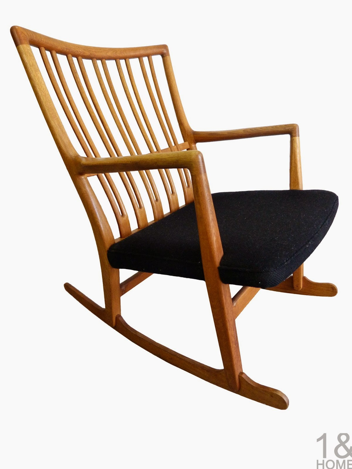 "ML-33 ""Tuning"" fork danish modern rocking chair by Hans Wegner"