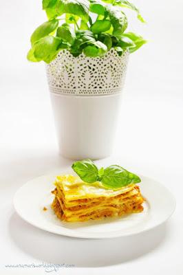http://anamarisworld.blogspot.com/2014/11/proste-i-szybkie-lasagne-bolognese.html