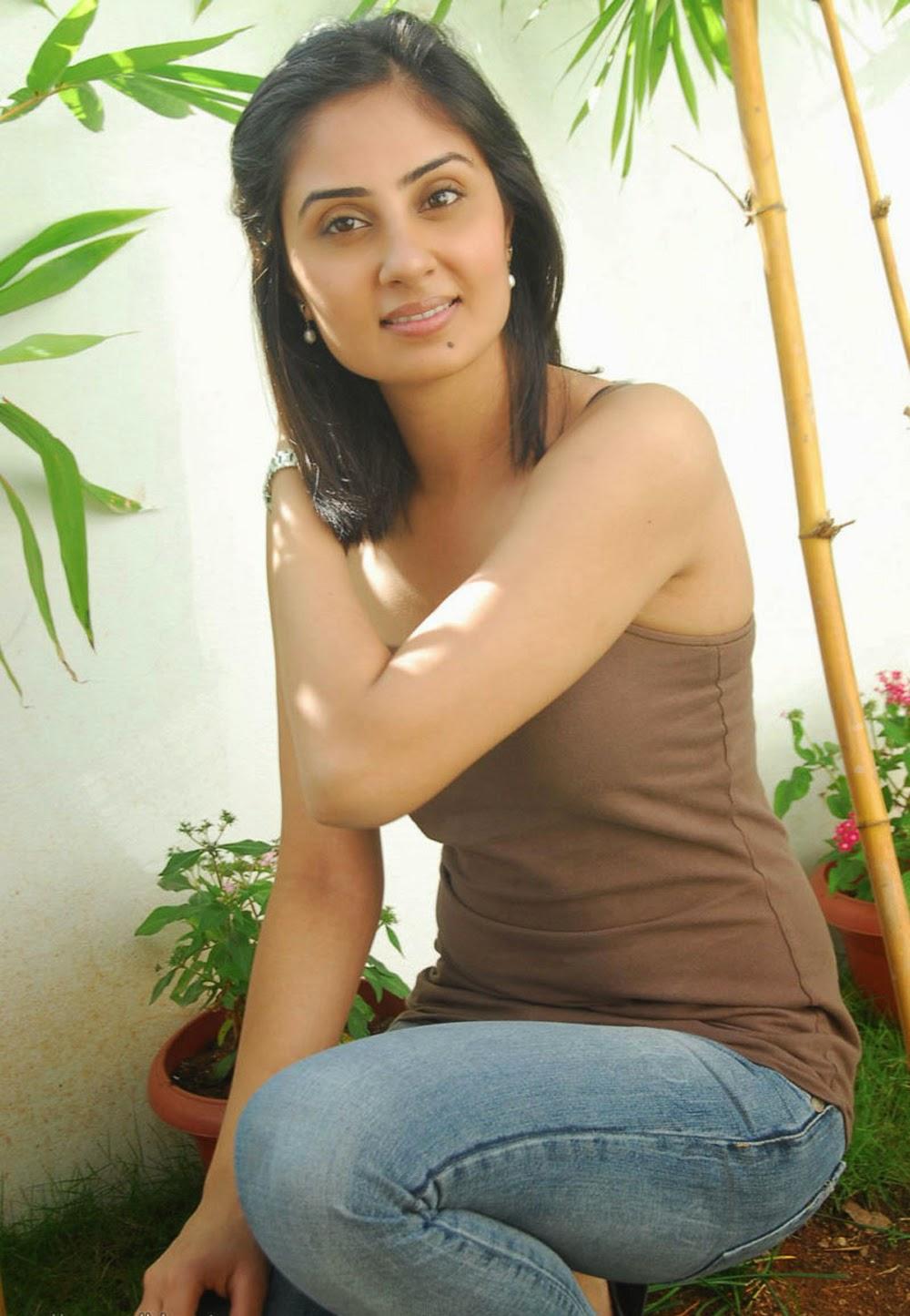 Bhanushree mehra hot images
