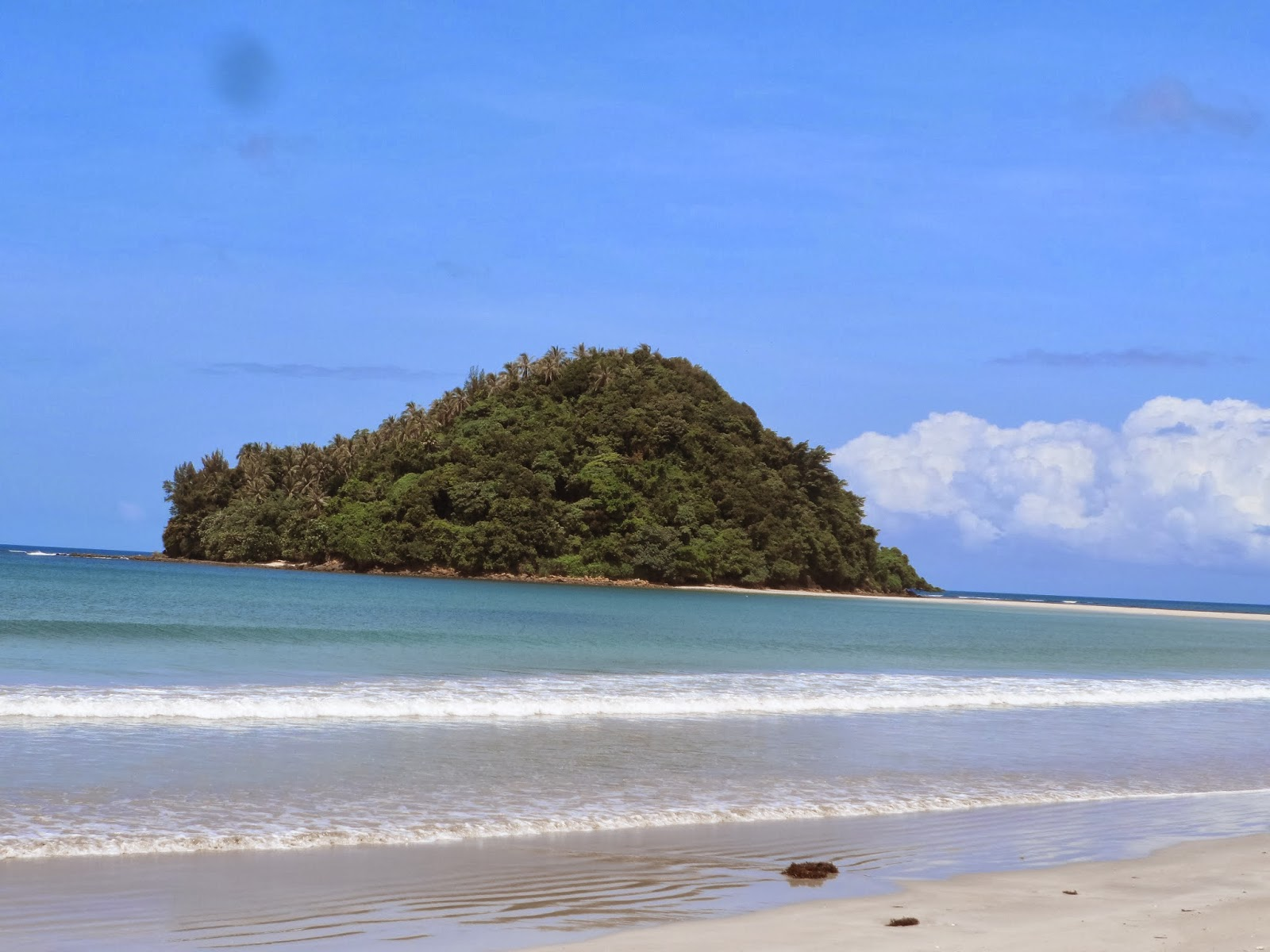 Tip of borneo beach and island