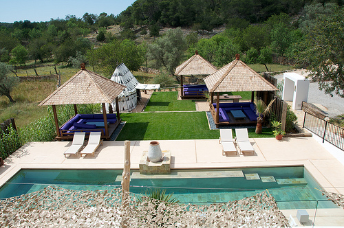 Coastal style the giri residence ibiza for Boutique hotel ibiza