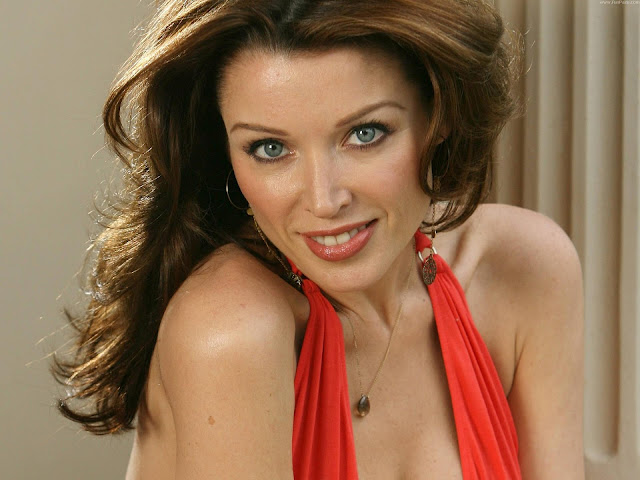Dannii Minogue HD Wallpaper -03