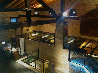 Interior Casa Primicia con lagares de piedra