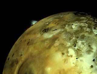 Vulkanska eksplozija na Io