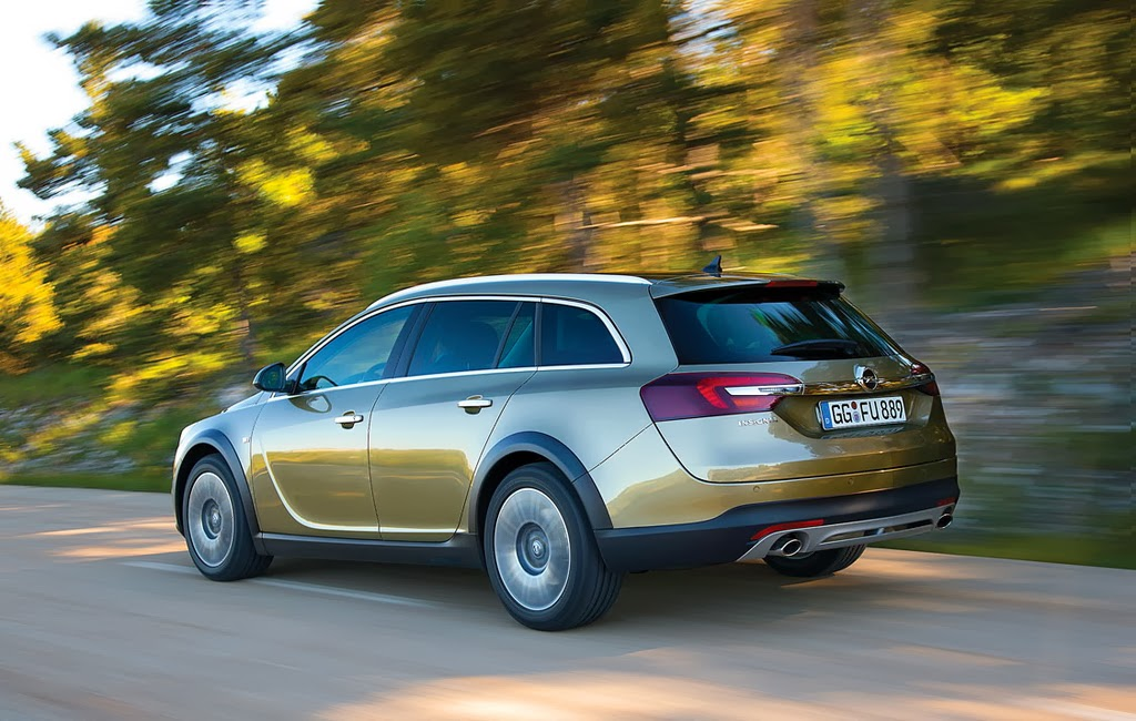 Noul Opel Insignia Sports Tourer 2013