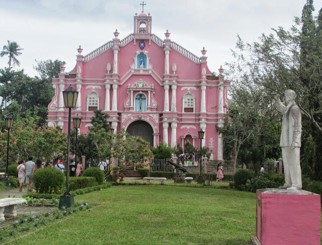 Lexical Crown Villa Escudero Plantations And Resorts