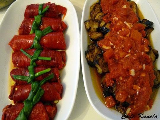 Kırmızı Biber Sarması ve Patlıcan Kızartması
