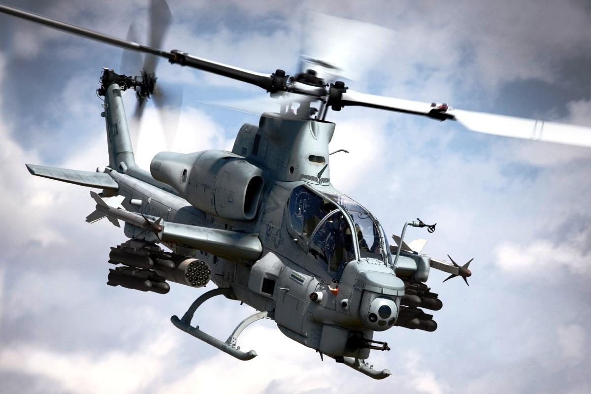 Bell AH-1 SuperCobra (Foto 1)
