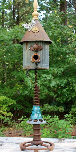Upcycled Birdhouse