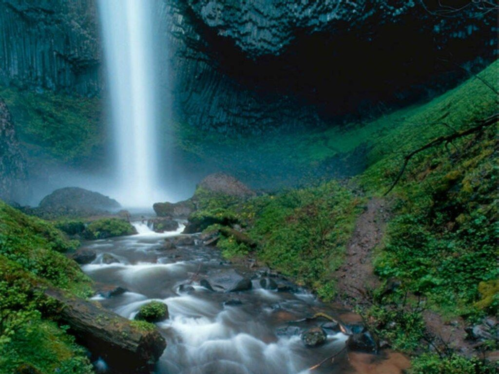 Hd waterfalls wallpapers for Waterfall it