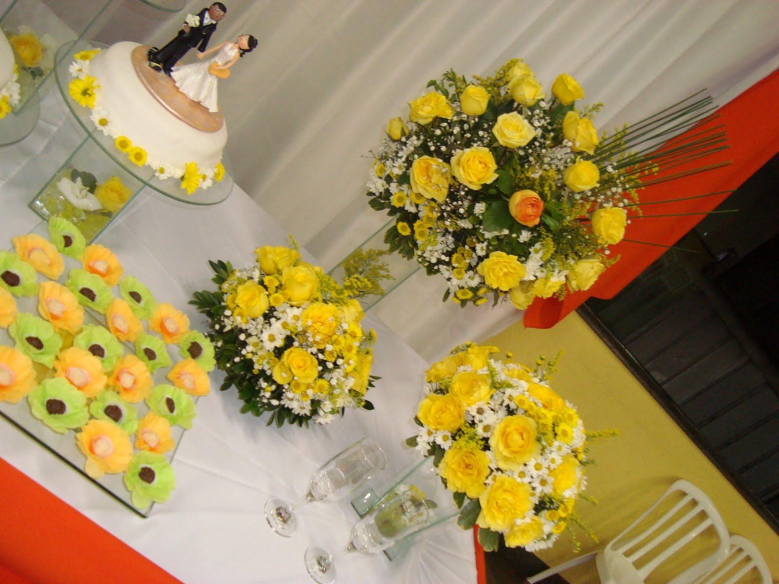 decoracao de noivado azul e amarelo simples : decoracao de noivado azul e amarelo simples: DE ARRANJO E DEIXE POR NOSSA CONTA POIS TODOS OS ARRANJOS SÃO COM