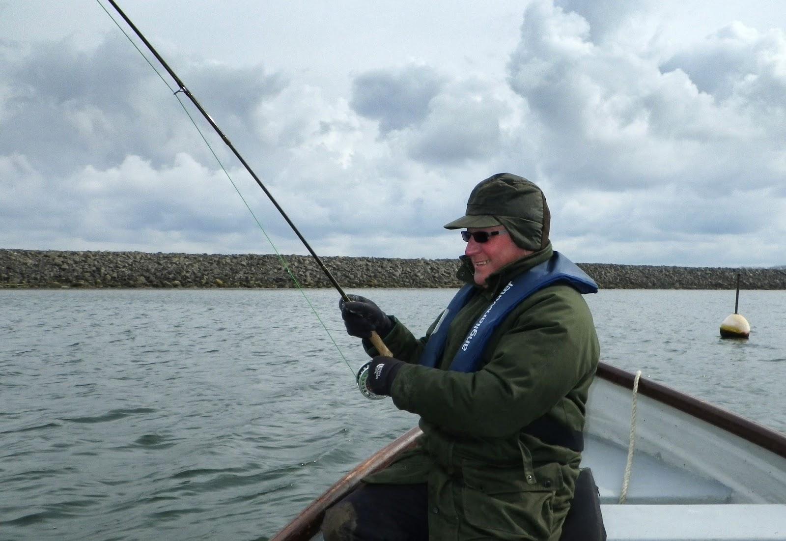 www.rutlandwaterflyfishing.co.uk