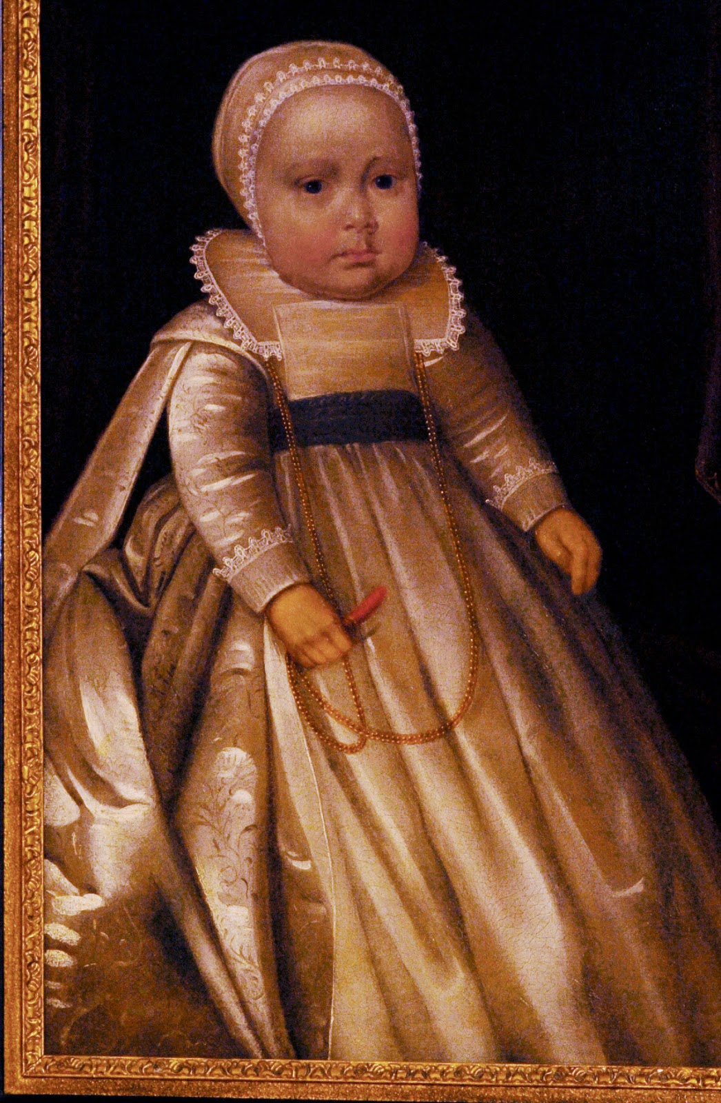 children in elizabethan england Elizabethan england faced a mounting economic problem as the poor became poorer, and a growing army of vagabonds and beggars roamed the streets and countryside in.