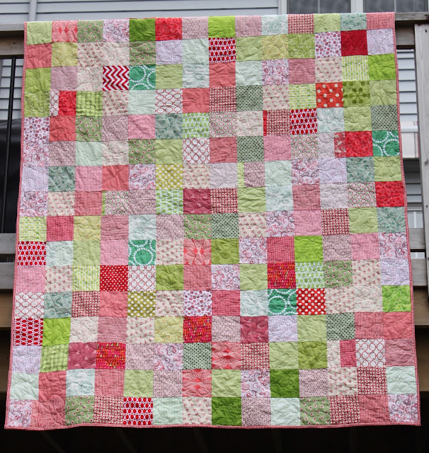 http://www.runningthimble.blogspot.ca/2015/11/a-finished-quilt-its-beginning-to-look.html