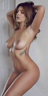 普通女性裸体 - rs-Holly_Peers_0-754263.jpg