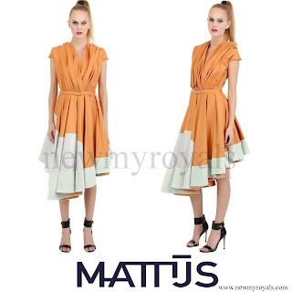 Queen Maxima wore Mattijs van Bergen cotton silk pleated dress