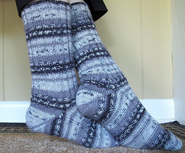 Knitting Pattern Sock Short Row Heel : 3 Sleeves to the Wind: Perfecting Ribbed Hand-knit Socks