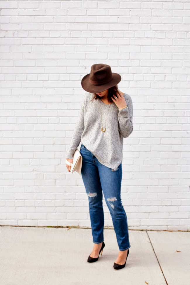 Bloggers Who Budget Fall for Less