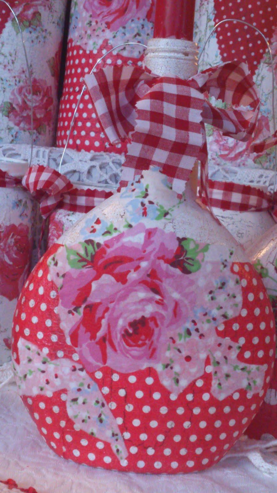 Vintage Roses Candle Holder...