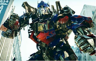 First Trailer for Transformers: Dark of the Moon
