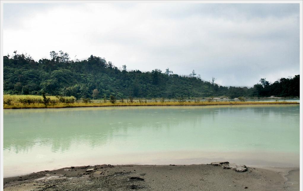 Pengalaman Adventure Camp ke Talaga Bodas Trip 25 , 26 Februari 2012