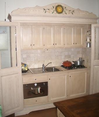 Boiserie c la cucina nell 39 armadio - Armadio cucina monoblocco ...