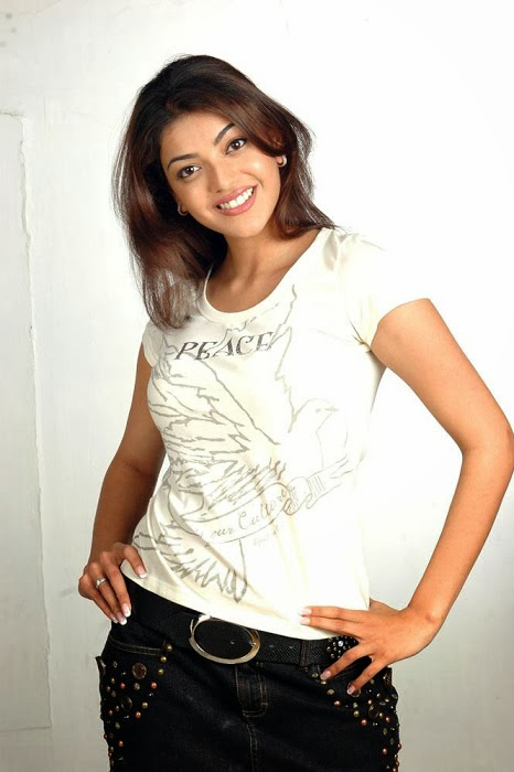 Kajal+Agarwal+Hot+And+Cute+In+Tight+T shirt+%2526+Jeans+Photos011