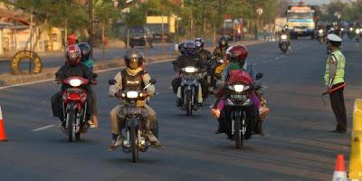 Jalan Raya Paling Kejam di Indonesia