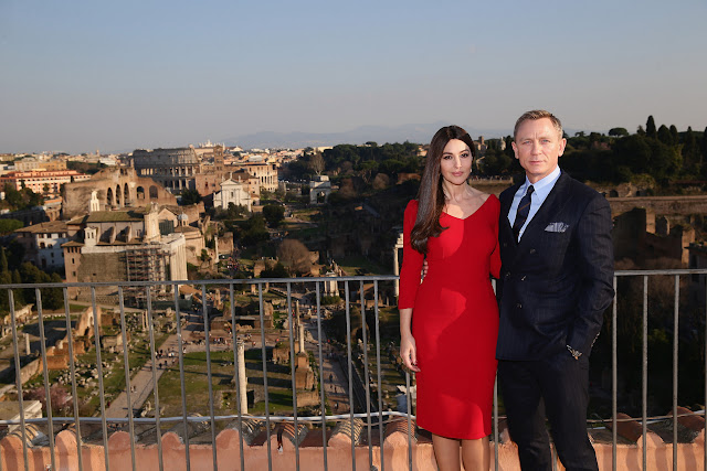 Monica Bellucci and Daniel Craig commence filming in Rome, Italy for the 24th James Bond adventure SPECTRE