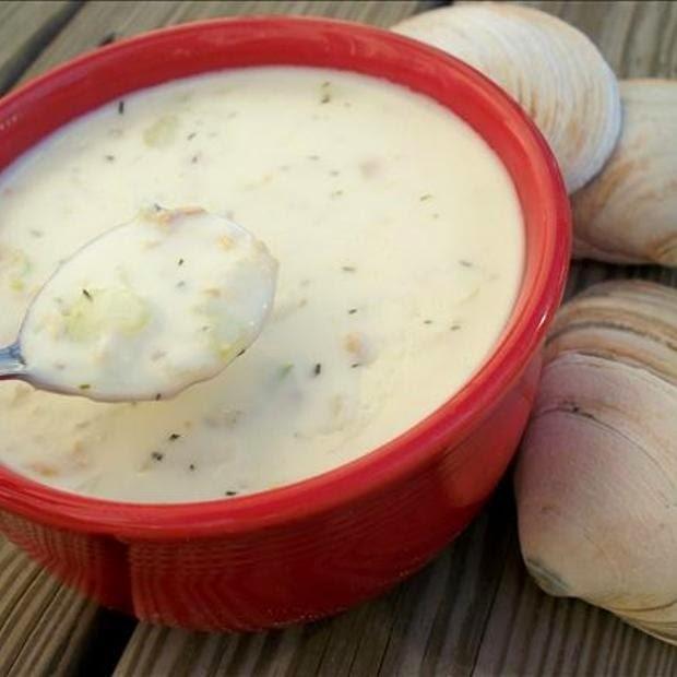 Copycat Red Lobster Clam Chowder Recipe