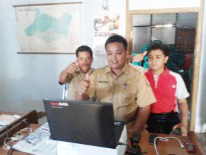 Sedahkidul Terima Penghargaan DesTIKa Desa.id Award 2015