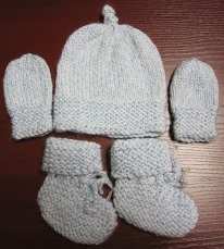 Knitting Patterns For Baby Mittens And Booties : Sea Trail Grandmas: FREE KNIT PREEMIE AND NEWBORN PATTERNS: HATS, BOOTIES &am...