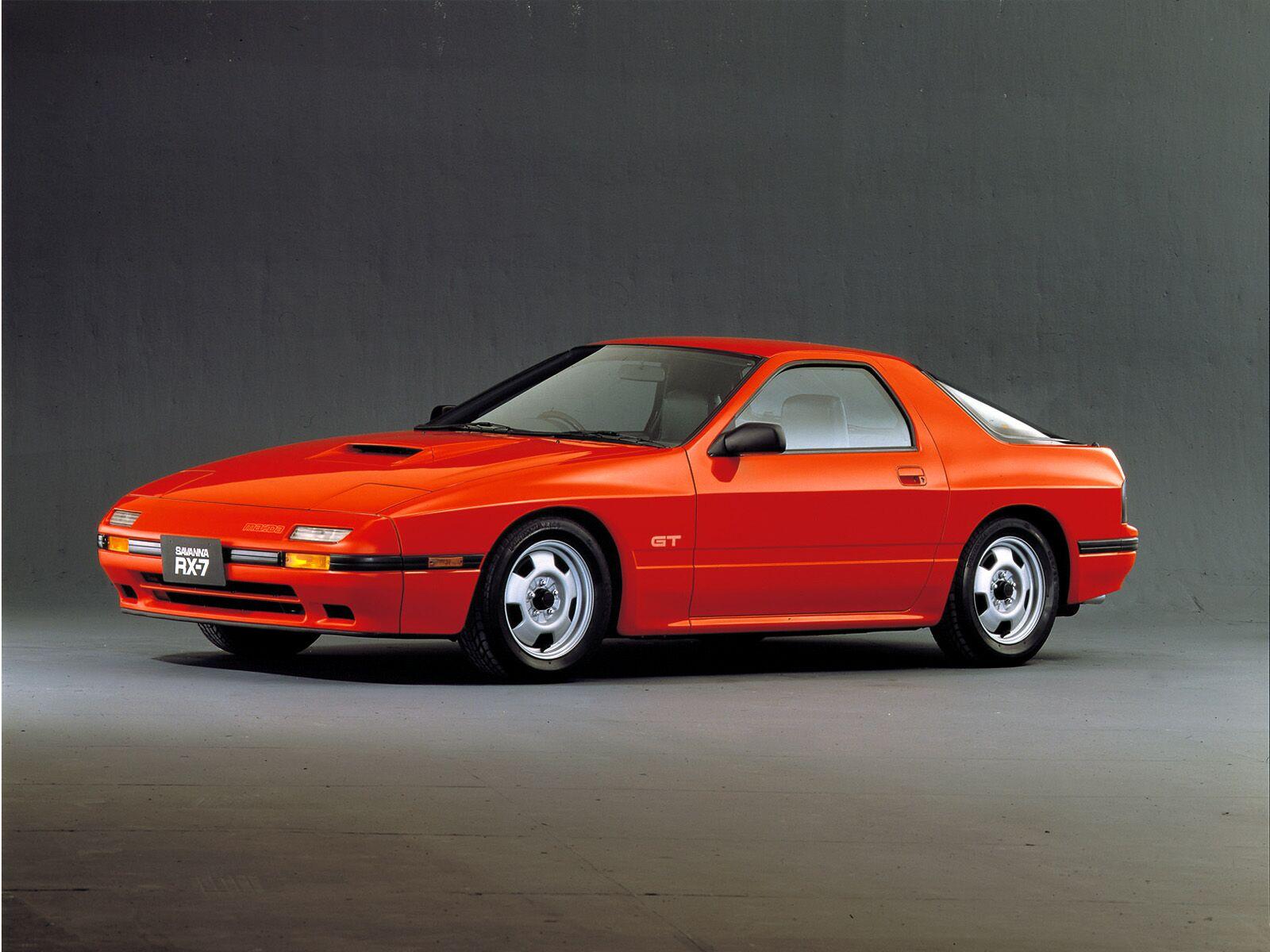 http://1.bp.blogspot.com/-lTHVCQrab2k/TlPcFC3qBTI/AAAAAAAABQc/eDVFewRaPxU/s1600/Mazda-RX7FC-002.jpg