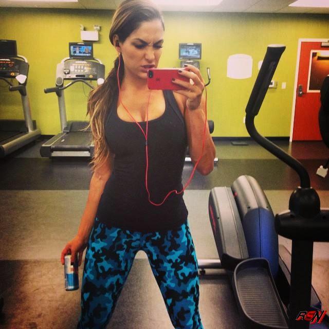 Nikki Bella Hits the Gym.