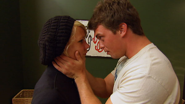 when did paula and dunbar hook up Best answer: yep he hooks up with kim and paula gets crazy jealous not to mention he's the only friend she has on the show and would actually pick her but from what i've seen it's going to come down to kim and paula so it will be dunbar's choice to who goes in the duel.