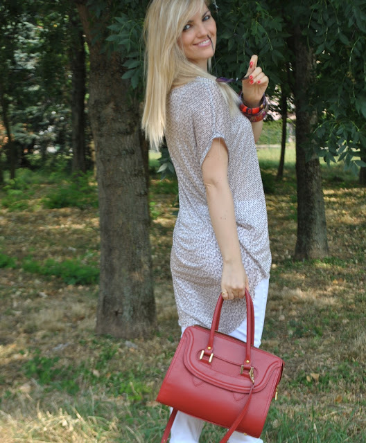 outfit borsa rossa abbinamenti borsa rossa come abbinare la borsa rossa red bag how to wear red bag red bag outfit red bag inspiration red bag street style outfit luglio 2015 outfit 15 luglio 2015 outfit estate 2015 outfit estivi donna outfit casual donna summer outfits summer casual outfit for girl mariafelicia magno fashion blogger color block by felym fashion blog italiani fashion blogger italiane