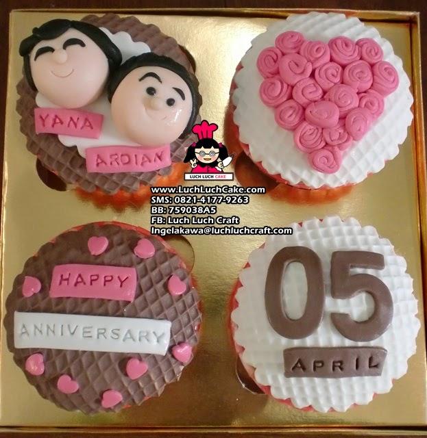 Cupcake Romantis Anniversary